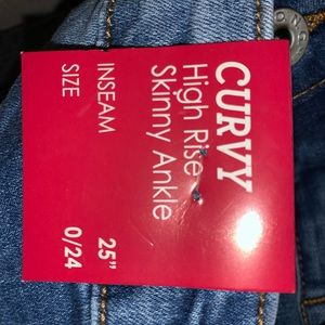 Curvy Couture Jeans - Curvy high rise skinny ankle jeans size 0/24